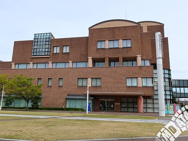 富山県民共生センター サンフォルテの写真