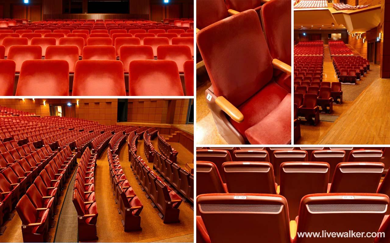 文京シビックホールの椅子写真